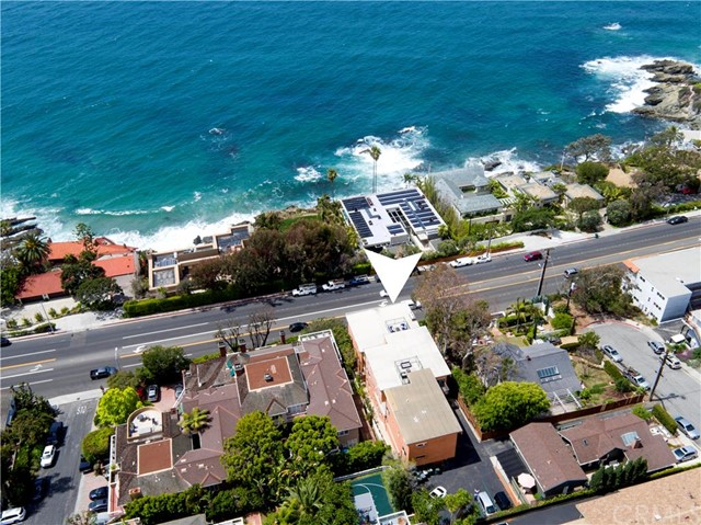 2442 S Coast Highwa Laguna Beach, CA 92651 is listed for sale as MLS Listing LG16092238
