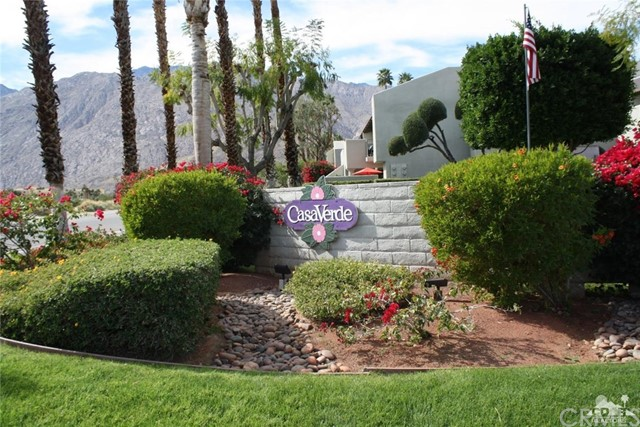 351 Hermosa Drive, Palm Springs CA: http://media.crmls.org/medias/1059719a-341b-4761-9db4-8835ad9adafd.jpg