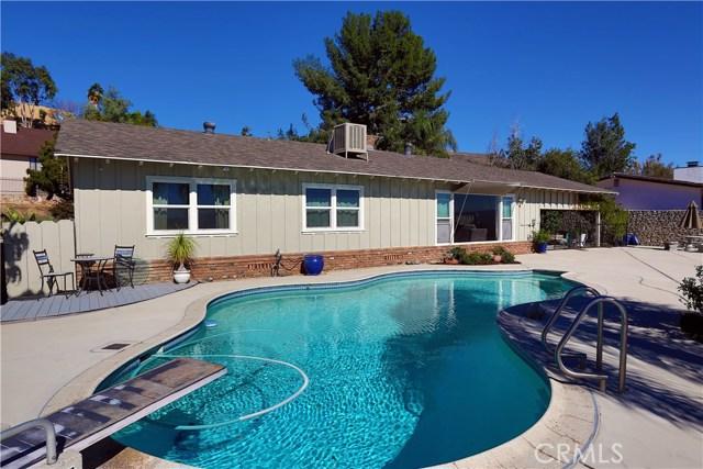 2351 Willow Drive, San Bernardino CA: http://media.crmls.org/medias/105aadf3-4240-44bc-9f23-e2c0993bf2e5.jpg