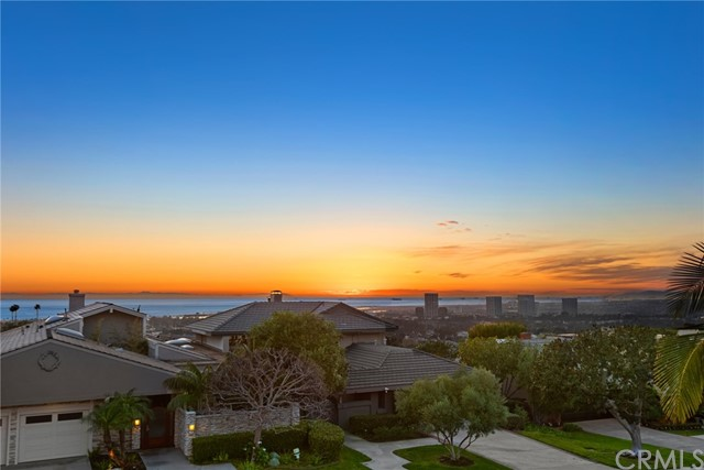 2 Yorkshire, Newport Beach, California 92660, 5 Bedrooms Bedrooms, ,1 BathroomBathrooms,Residential Purchase,For Sale,Yorkshire,OC21023829