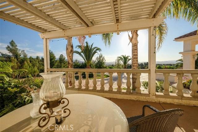 38787 Avenida La Playa, Temecula, CA 92592 Photo 2