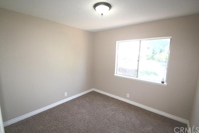 862 W Etiwanda Avenue Rialto, CA 92376 - MLS #: IV17191612