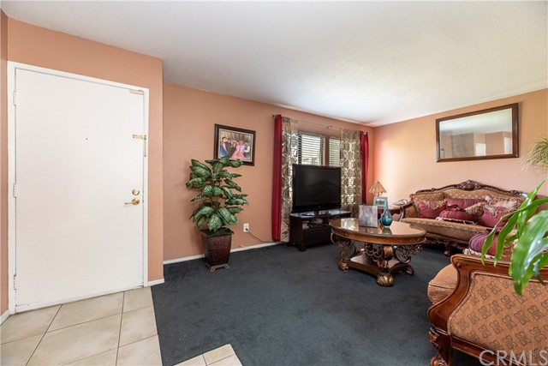2154 W Wellington Cr, Anaheim, CA 92804 Photo 1