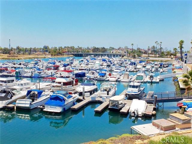 305 N Jade Cove, Long Beach CA: http://media.crmls.org/medias/1084cf2c-b5af-445e-98df-7fa5abe0ece3.jpg