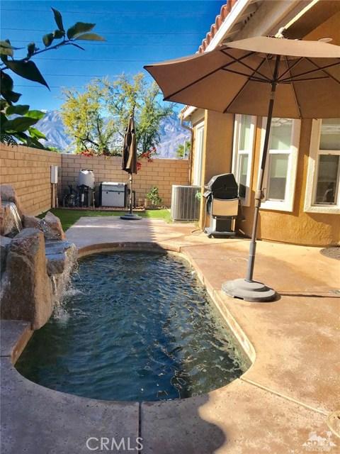 1 Lake Como Court, Rancho Mirage CA: http://media.crmls.org/medias/108ceaa0-c5e7-40f7-b460-ddec6f7665ca.jpg