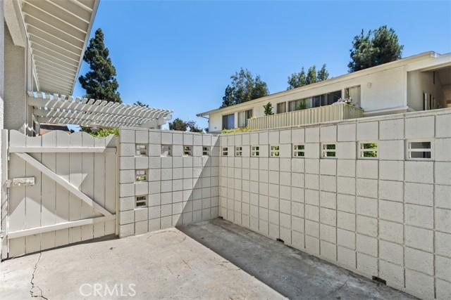 342 Avenida Sevilla, Laguna Woods CA: http://media.crmls.org/medias/1092414c-1c6b-46a9-bcac-652f5aad1320.jpg