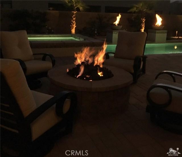 35 Via Noela, Rancho Mirage CA: http://media.crmls.org/medias/1096d9e8-8df1-4565-a127-7402e227fcf6.jpg