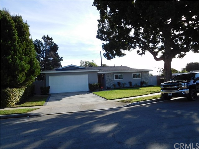 Huntington Beach Homes for Sale -  Cul de Sac,  16752  Jeffrey Circle