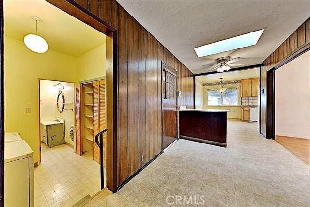 1405 S Nevada Avenue, Los Banos CA: http://media.crmls.org/medias/10add4e9-81df-4f92-b023-2c797822d08f.jpg