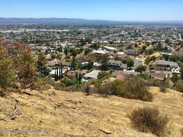 0 Above Petaluma, Sun Valley CA: http://media.crmls.org/medias/10b71df2-bd0c-455b-8f2c-950da9b302ee.jpg
