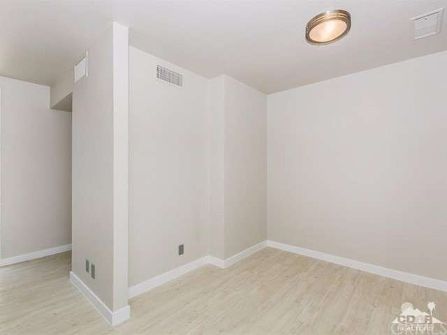 Additional photo for property listing at 37107  Bankside Drive 37107  Bankside Drive Cathedral City, California 92234 United States