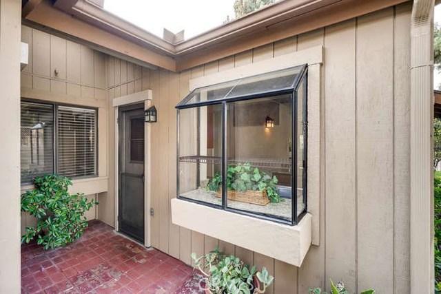 932 S Laurelwood Ln, Anaheim, CA 92806 Photo 1