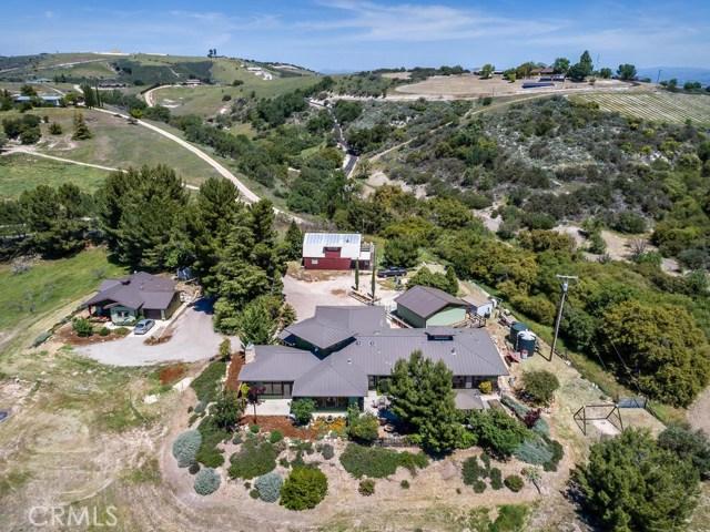 1320 Kiler Canyon Road, Paso Robles CA: http://media.crmls.org/medias/10d7cfe5-90ee-4326-9059-ae07c97dc2f9.jpg