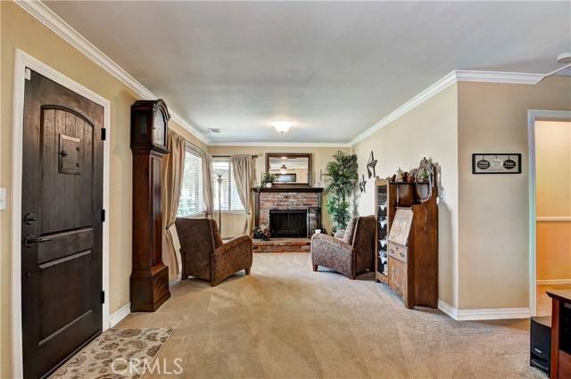 7737 Arnett Street, Downey CA: http://media.crmls.org/medias/10eccc55-5369-436b-bb66-80ac106f0d1b.jpg