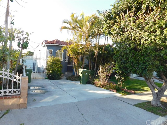 2061 Burnside Los Angeles CA 90016
