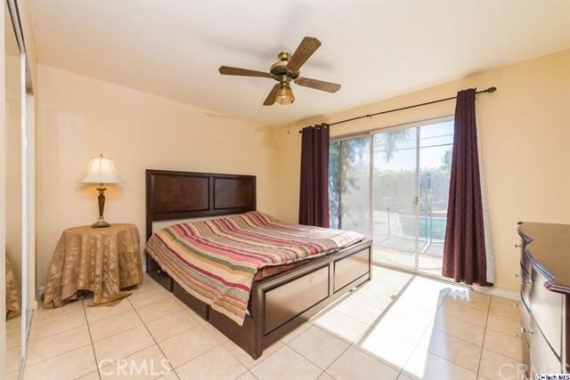 16446 Armstead Street, Granada Hills CA: http://media.crmls.org/medias/10f70691-7c9b-4b6a-8666-372e6578b9ae.jpg