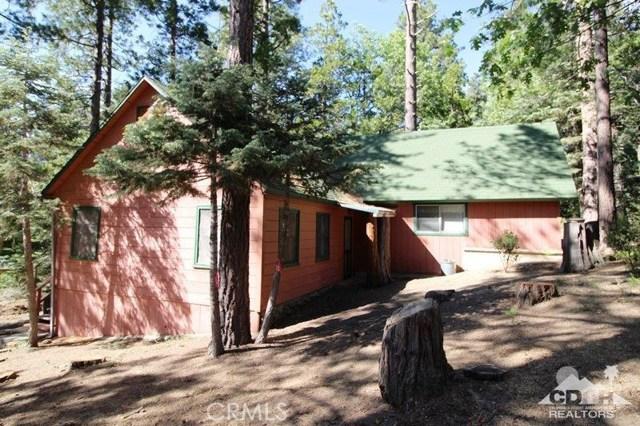 52761 Pine Ridge Road, Idyllwild CA: http://media.crmls.org/medias/10f90efd-fbb1-4041-8ee5-059dc3b5797d.jpg