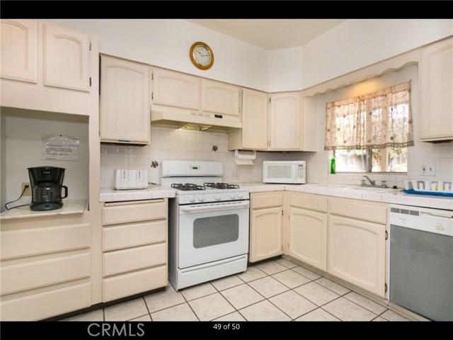 9238 19th Street, Rancho Cucamonga CA: http://media.crmls.org/medias/10fc338f-b877-4af1-9476-b2c652284346.jpg