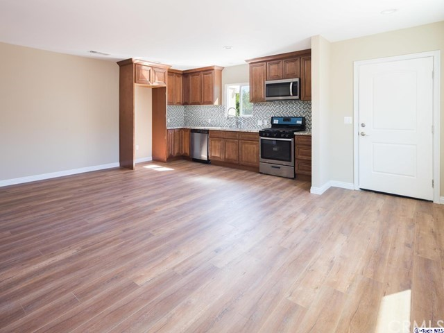 9712 Wilbur Avenue Northridge, CA 91324 is listed for sale as MLS Listing 318003527