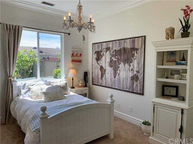 60 Sea Breeze Avenue, Rancho Palos Verdes CA: http://media.crmls.org/medias/11155053-472f-4d90-b0ba-cd85d85bf3d1.jpg