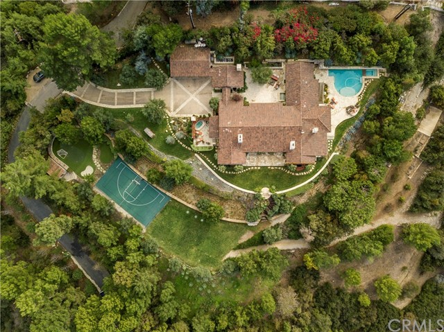 Photo of 8 Possum Ridge Road, Rolling Hills, CA 90274