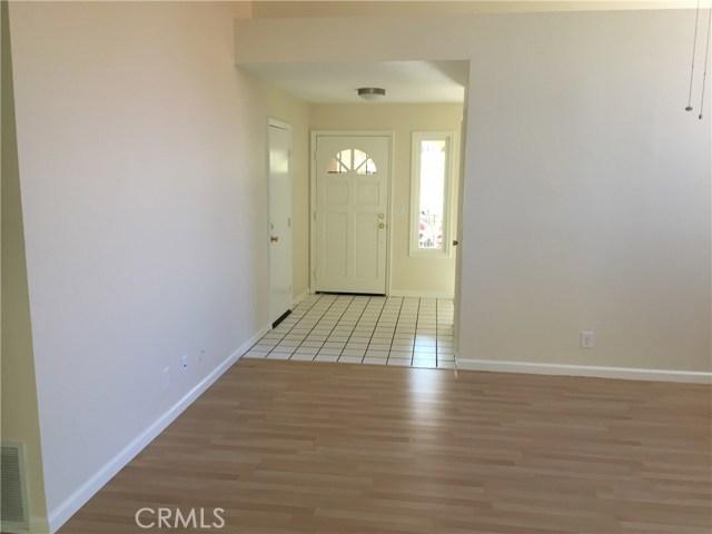 24 Osoberry Street, Rancho Santa Margarita CA: http://media.crmls.org/medias/11379a42-e05f-48ef-8ba2-cf237fc814a3.jpg