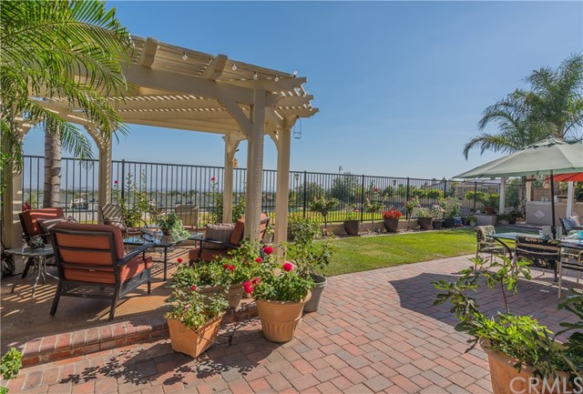 12437 Dapple Drive, Rancho Cucamonga CA: http://media.crmls.org/medias/113b8756-adbf-42b5-84c9-021abd81f79a.jpg