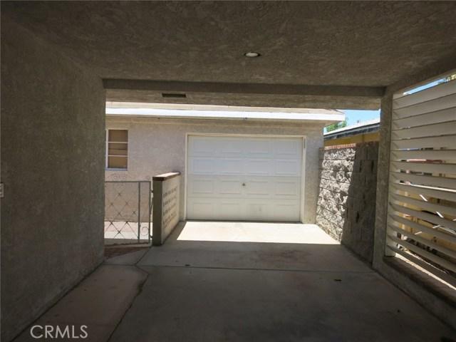 102 Erin Drive, Needles CA: http://media.crmls.org/medias/114cdd1f-1c25-4b66-8a9f-3813b70b8566.jpg