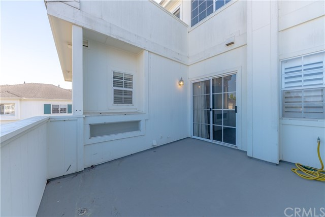 18765 Chapel Lane, Huntington Beach CA: http://media.crmls.org/medias/114da9fa-396b-4448-a061-c2c3be09e4ca.jpg