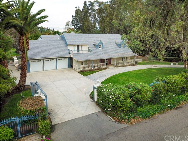 Photo of 644 S Peralta Hills Drive, Anaheim Hills, CA 92807