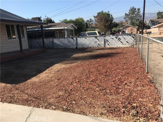 7450 Newcomb Street, San Bernardino CA: http://media.crmls.org/medias/115b3535-ce97-4e4e-9e29-c12b34e7f966.jpg