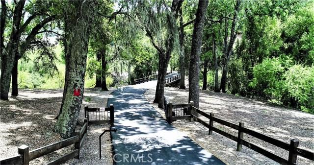 8225 Vineyard Drive, Paso Robles CA: http://media.crmls.org/medias/115c1412-b160-42b7-a7d0-3c565fb20f84.jpg