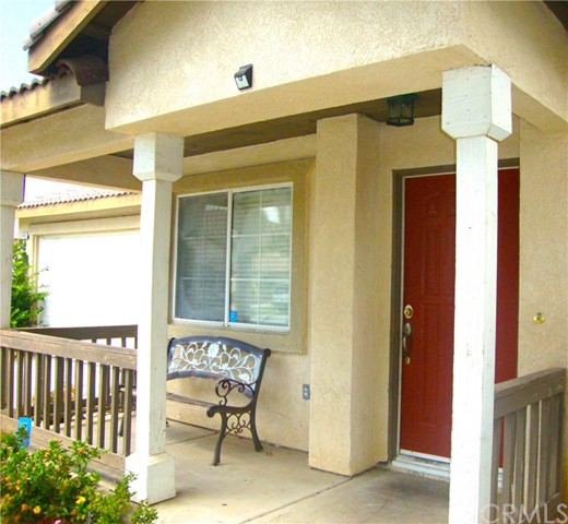 15415 Bello Way, Moreno Valley CA: http://media.crmls.org/medias/1163d9b4-7a6d-486d-98fa-855f5874bf0c.jpg