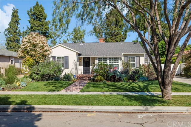 Single Family Home for Sale at 3434 Charlemagne Avenue Long Beach, California 90808 United States