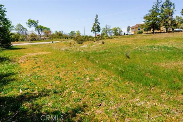 52830 Pine Drive, Oakhurst CA: http://media.crmls.org/medias/11774e61-d6b4-4414-af9d-7a44e8a3d61d.jpg