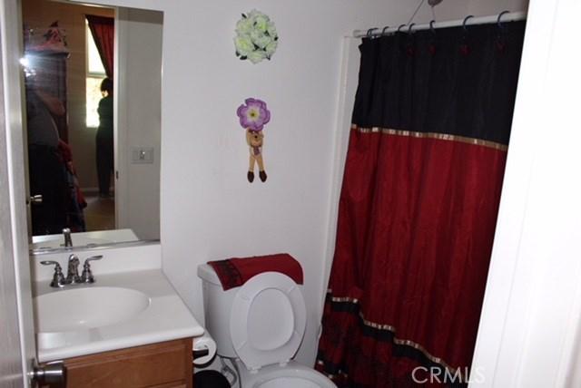 1130 Laurelhurst Heights, San Jacinto CA: http://media.crmls.org/medias/118ffa31-26a6-4171-aecb-5254c4c5228e.jpg