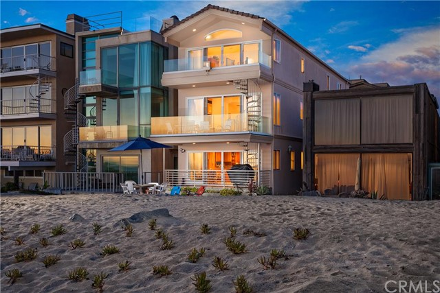 Single Family Home for Sale at 98 A Surfside St Surfside, California 90740 United States