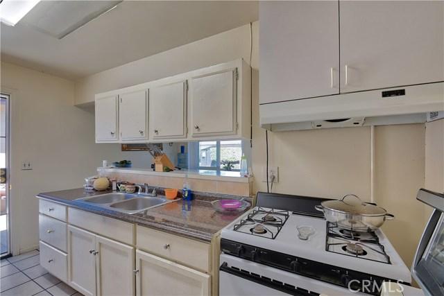 2077 Wallace Avenue, Costa Mesa CA: http://media.crmls.org/medias/119b9c35-eed6-446e-bd29-25b250fdf8ff.jpg