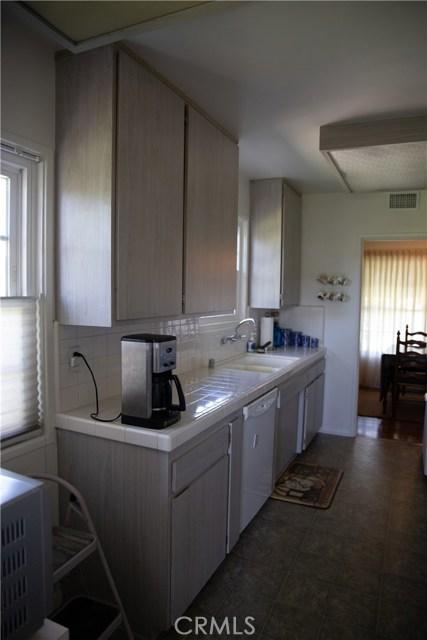 10377 Devillo Drive, Whittier CA: http://media.crmls.org/medias/11ac698b-c9c4-4c83-8ee5-4e2d85721e6f.jpg