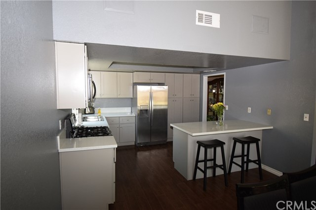 833 N Wisteria Avenue Rialto, CA 92376 - MLS #: CV18126083