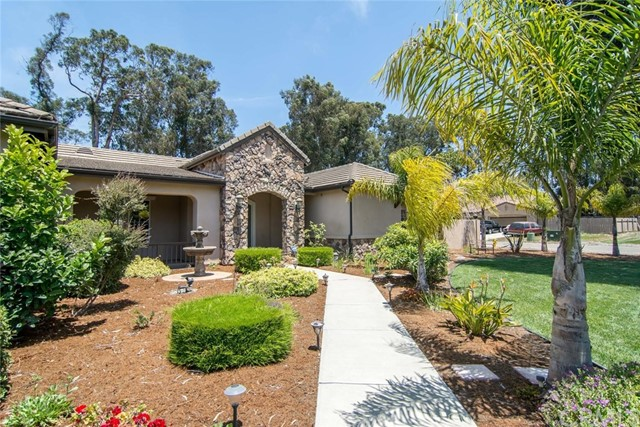 2530 Laurie Way, Arroyo Grande, CA 93420
