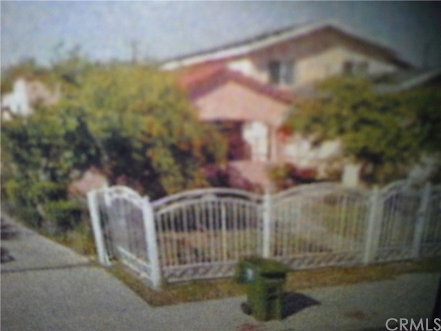 Single Family Home for Sale at 4737 57th Street Maywood, California 90270 United States