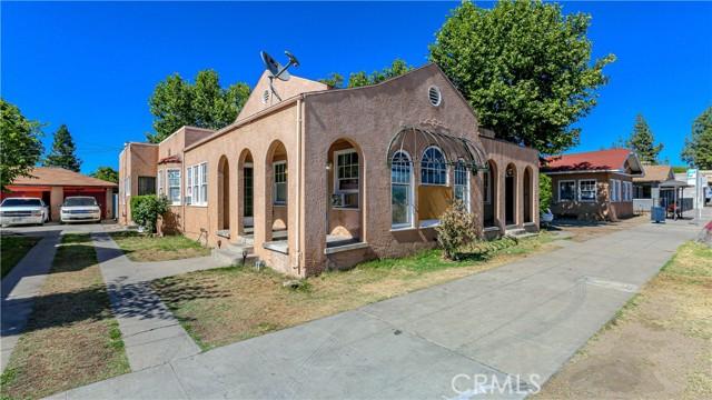 1625 E Olive Avenue, Fresno CA: http://media.crmls.org/medias/11caa7b8-7d59-41f6-93b6-08acd12f3506.jpg