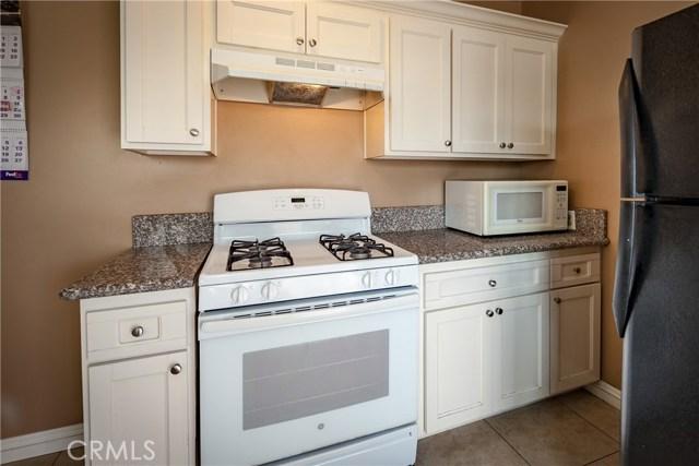 1123 W 15th Street, San Bernardino CA: http://media.crmls.org/medias/11cafcca-d757-48c4-bfdd-d17082084156.jpg