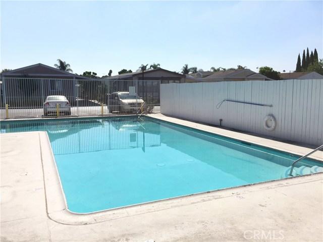 4080 W 1st Street, Santa Ana CA: http://media.crmls.org/medias/11cd158f-e6eb-42b3-80a9-06805ddbb55f.jpg