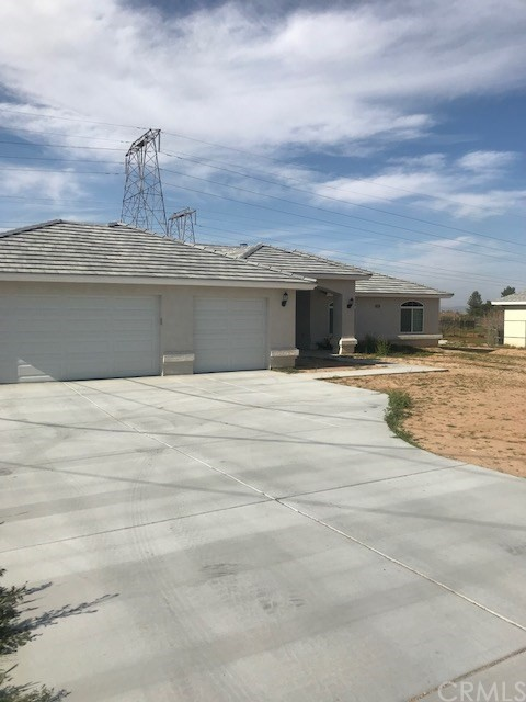 17190 Seaforth Street,Hesperia,CA 92345, USA