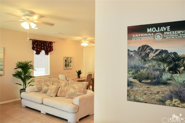 65119 South Cliff Circle, Desert Hot Springs CA: http://media.crmls.org/medias/11eaa060-7916-493f-85a1-515c717a697e.jpg