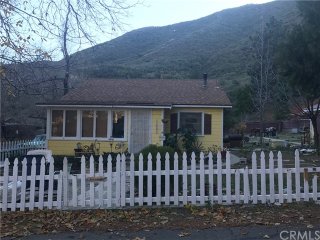 Single Family Home for Sale at 13863 Hazel Drive Drive Lytle Creek, California 92358 United States
