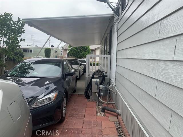3101 S Fairview Street, Santa Ana CA: http://media.crmls.org/medias/11eebde7-09d0-4c24-b502-84fdfd0d4228.jpg