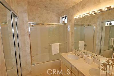 55423 Tanglewood, La Quinta CA: http://media.crmls.org/medias/11ef8f5b-80f1-408a-ac25-53dbae85a60e.jpg